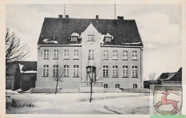 Dobrzyca Volksschule Szkoła katolicka