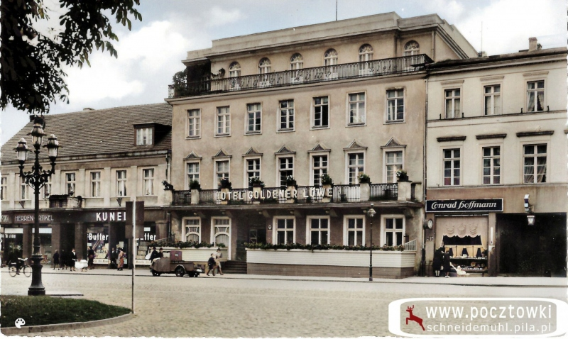 """Markt mit Hotel """"Goldener Löwe"""""""
