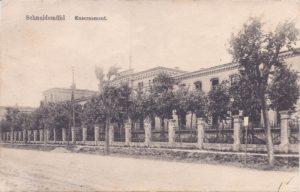 Kasernement, Koszary
